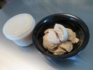 Frosty Frozen Yogurt For Dogs Recipe (2)