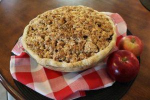 apple-raisin-cookie-crumble-pie-recipe-mobile-3