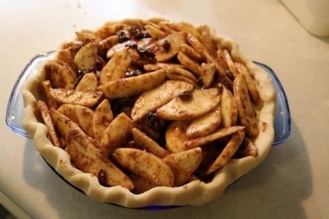 apple-raisin-cookie-crumble-pie-recipe-mobile-5