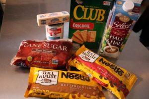caramel-butterscotch-chocolate-cracker-bars-recipe005-mobile